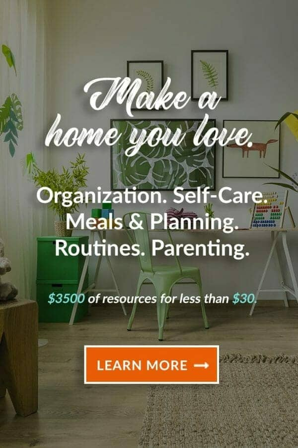 Why You Need to See What's Inside the Ultimate Homemaking Bundle 2018! | Like Minded Musings